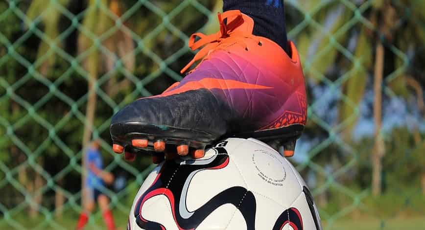 best insoles for soccer cleats featured